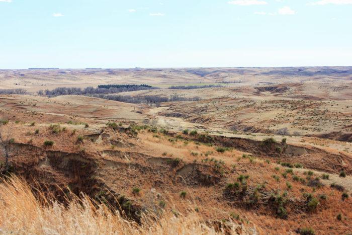 2. A grand canyon