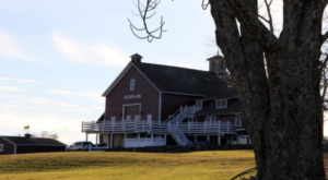 There's A Restaurant On This Remote Connecticut Farm You'll Want To Visit