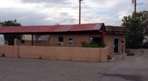 12 Unassuming Restaurants To Add To Your New Mexico Dining Bucket List