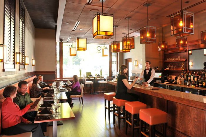 The 1910 Grille is the hotel's restaurant, and it features delicious food inspired by cuisines around the world.