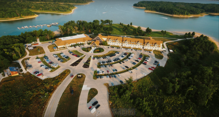 Honey Creek Resort is situated in the midst of 828 acres of rolling hills, lush wooded areas, and overlooks the beautiful Rathbun Lake, Iowa's second largest lake.