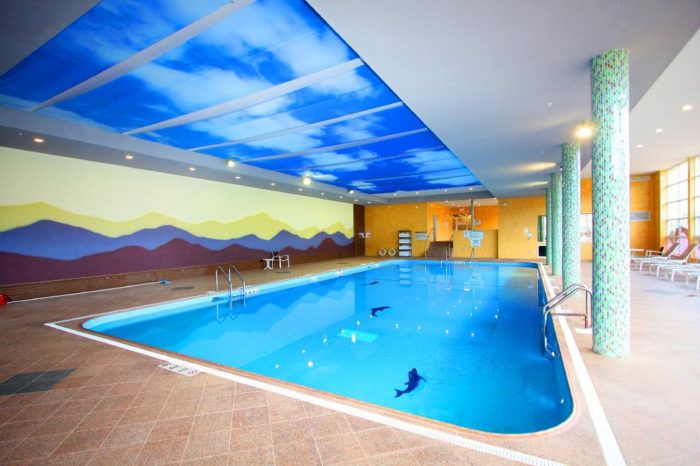 Plan on visiting during our colder months? No worries. Honor's Haven has an outdoor and indoor pool, as well as a jacuzzi. Time to take that bathing suit out of storage!