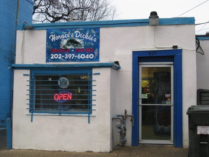 9. Horace and Dickie's Seafood - 809 12th St NE