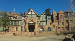 The Story Behind This Haunted Castle In Colorado Will Chill You To The Bone