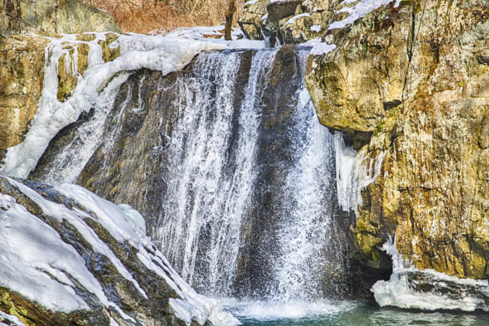 Even though the hike is short, it is worth spending some time at the falls because they are spectacular.