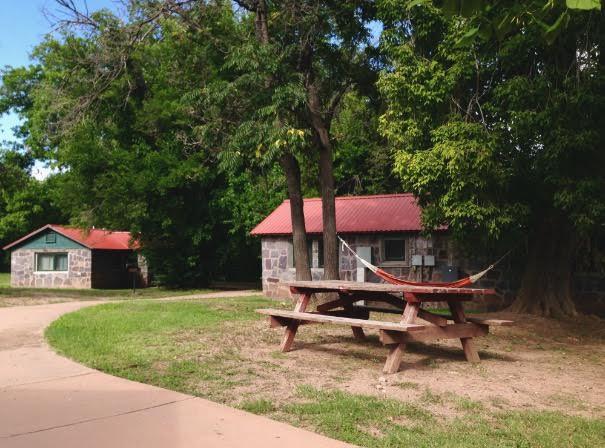 9.  Los Olmos Lodge, Glenwood