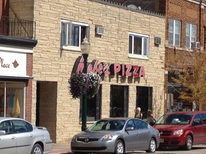 9. Decorah - Mabe's Pizza