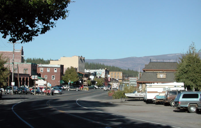 This river is jaw-dropping year round, and the historic town of Truckee has several unique breweries, tap rooms, and amazing restaurants where you can relax after a day outdoors.