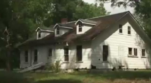 What Was Discovered In This Mississippi Cottage Will Astonish You
