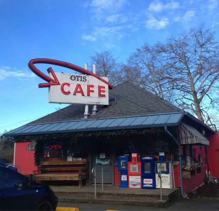 4. Otis Cafe, Otis