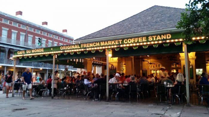 2. Café Du Monde, 800 Decatur St., New Orleans