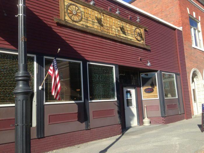 2. Boondock's Grill, Fort Fairfield