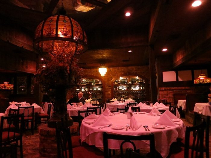 11 Restaurants In Ohio With Fireplaces And Fireside Dining