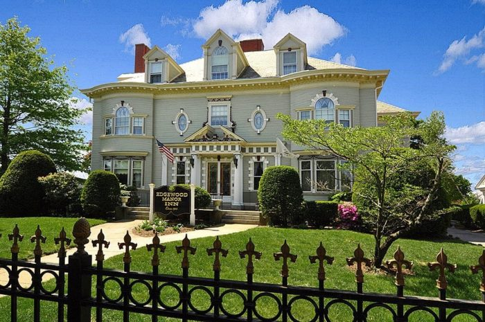 Providence Rhode Island Bed And Breakfast Downtown