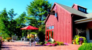There's A Restaurant On This Remote Massachusetts Farm You'll Want To Visit