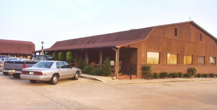 8. Yoder's Deitsch Haus— 5252 Hwy 26 E, Montezuma, GA 31063