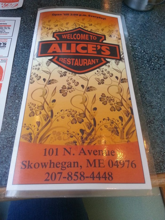2. Before heading off, stop in at Alice's Restaurant for breakfast.