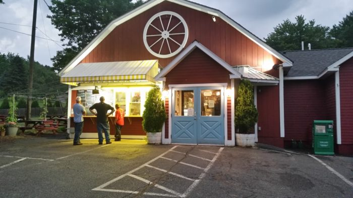 6. Wagon Wheel Country Drive In, Gill