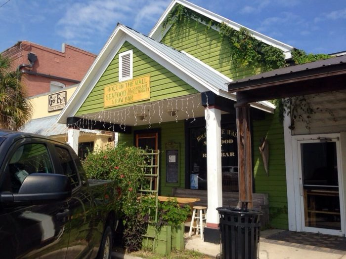 6. Hole In The Wall Seafood, Apalachicola