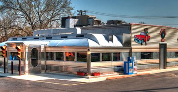 3. Nancy's Main Street Diner (Grafton)