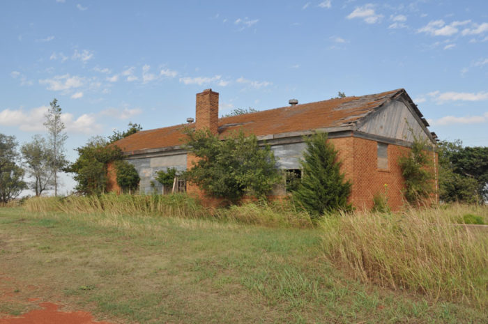 In 1922 a bigger schoolhouse (pictured below) was built and with the discovery of oil nearby, Lovell was growing rapidly.