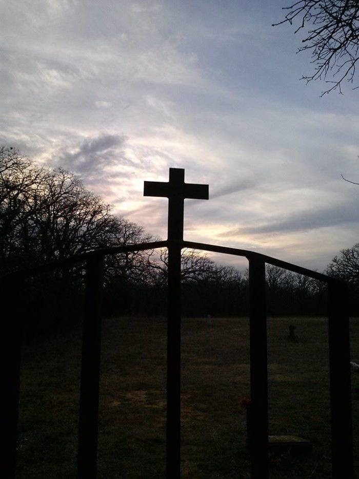 Tucker Cemetery, Comanche
