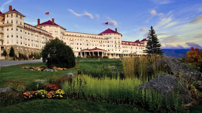 The Omni Mount Washington Resort has been a favorite luxury destination in New Hampshire since it opened in 1902.