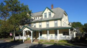 10 Little Known Inns In Pennsylvania That Offer An Unforgettable Overnight Stay