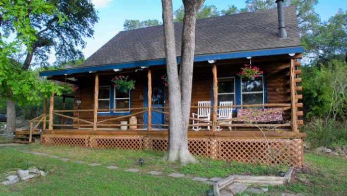 6. Paper Moon Log Cabin (Wimberley)