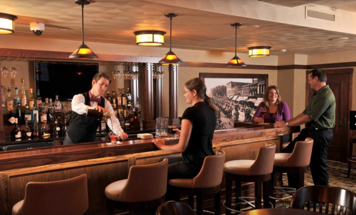 The hotel also features a 1910 lounge, with adjoining billiards and wine rooms, where you can hang out and enjoy craft beers, hand-crafted cocktails and wine.