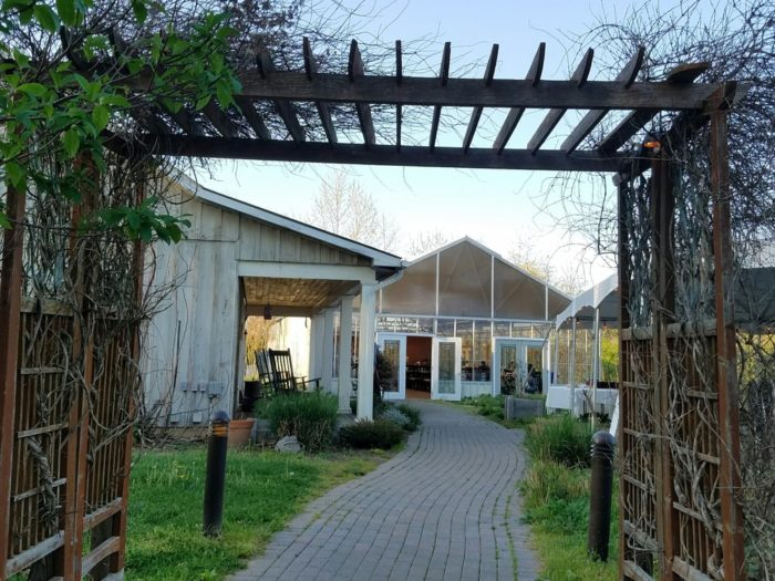 The farmers at Patowmack promote organic growing practices and are dedicated to protecting the environment. Their menus are focused on sustainable, seasonal and local ingredients.