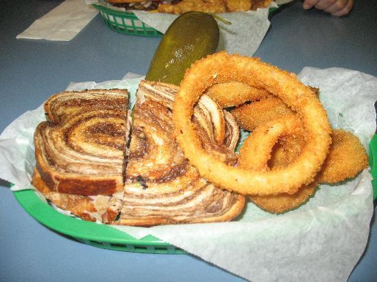 rueben-chubby-pickle