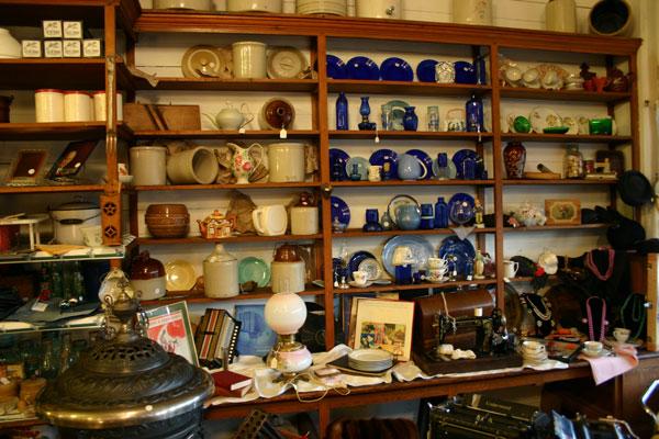 The Merc's antique shop is paradise for flea market fans.