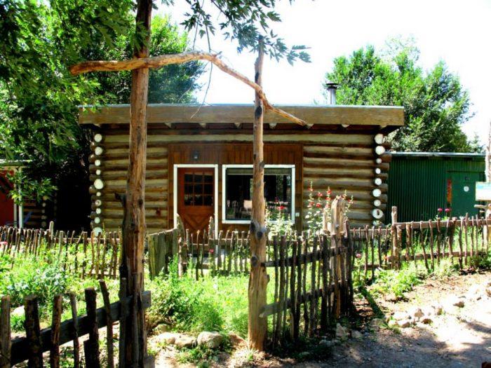 8. Taos Goji Eco Lodge, Taos