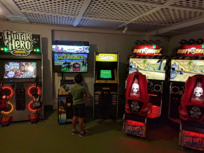The Omni Mount Washington Resort has all the amenities you'd expect, like fine dining and a great spa. However, it also has unexpected features, like an arcade!