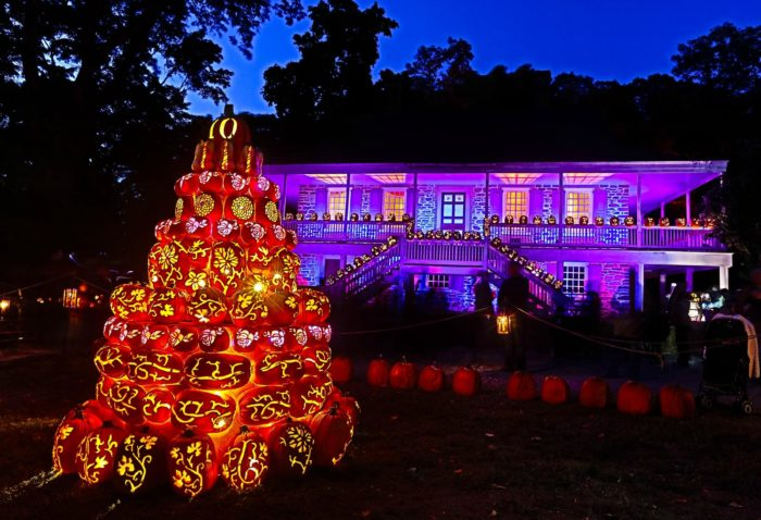 Hosting the Tri-state area's most eye-catching Halloween even, The Great Jack O'Lantern Blaze at the Van Cortlandt Manor is something you won't want to miss.