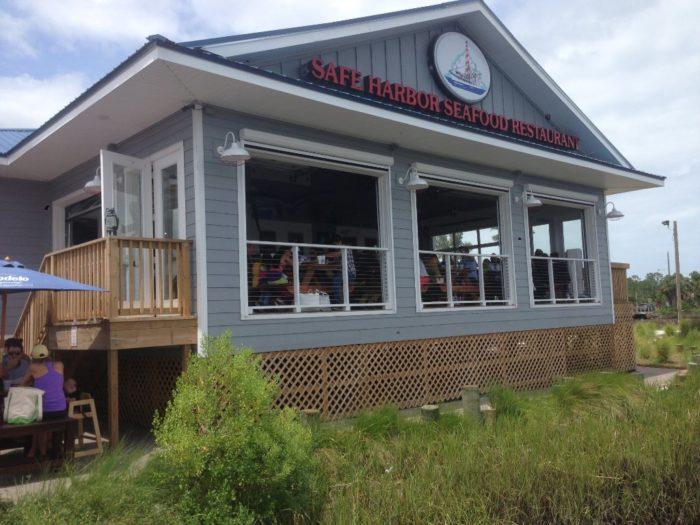 7. Safe Harbor Seafood Market & Restaurant, Atlantic Beach