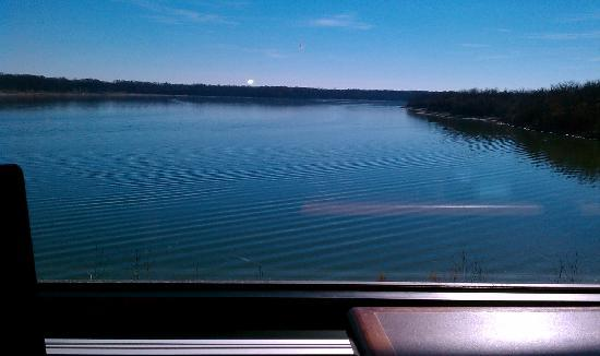 Even the restaurant offers incredible views. As you dine, you can look out over the peaceful lake.