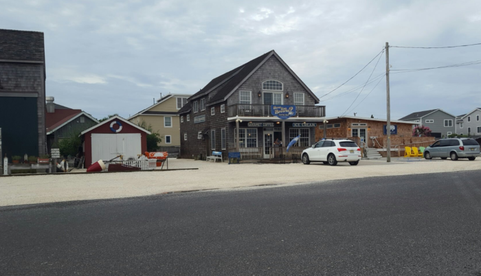 Stop at How You Brewin' for coffee, baked goods and ice cream or Off The Hook for seafood takeout. Frank's Produce offers fruits and veggies and Cassidy's Fish Market serves up the catch of the day.  Head to Sugar Shack for sweets and more.
