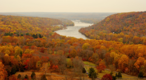 The Top 10 Spots To View Fall Foliage In New Jersey Before It's Gone