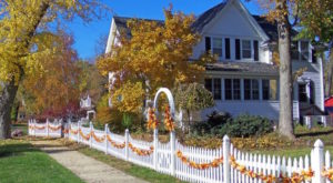 This Charming Wisconsin Town Is Perfect For An Autumn Day Trip
