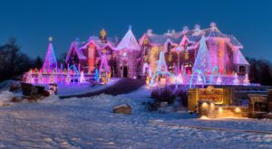 13 Christmas Light Displays In Illinois That Are Pure Magic