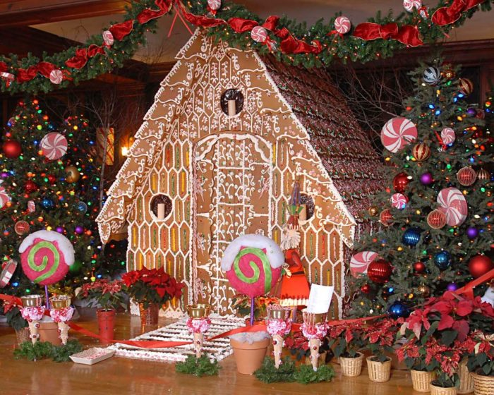 Dine Inside A Giant Gingerbread House At Skytop Lodge In Pennsylvania