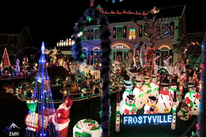 Superb 11 Christmas Light Displays Around Cleveland That Are Pure Magic