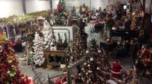 The Christmas Store In Kansas That's Simply Magical