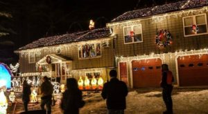 This Christmas Light Display In Rhode Island Is Pure Magic