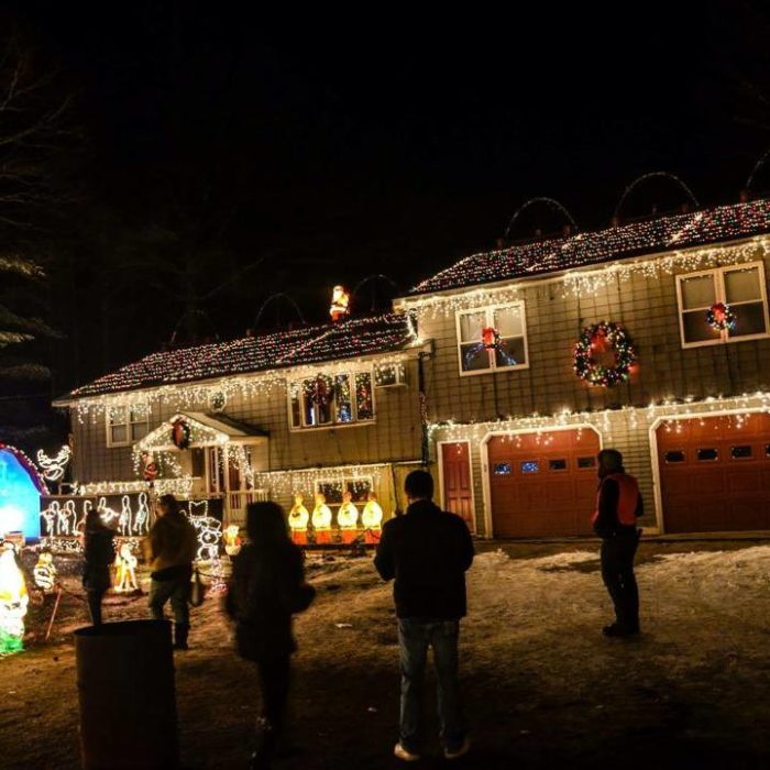 This Christmas Light Display In Rhode Island Is Magic