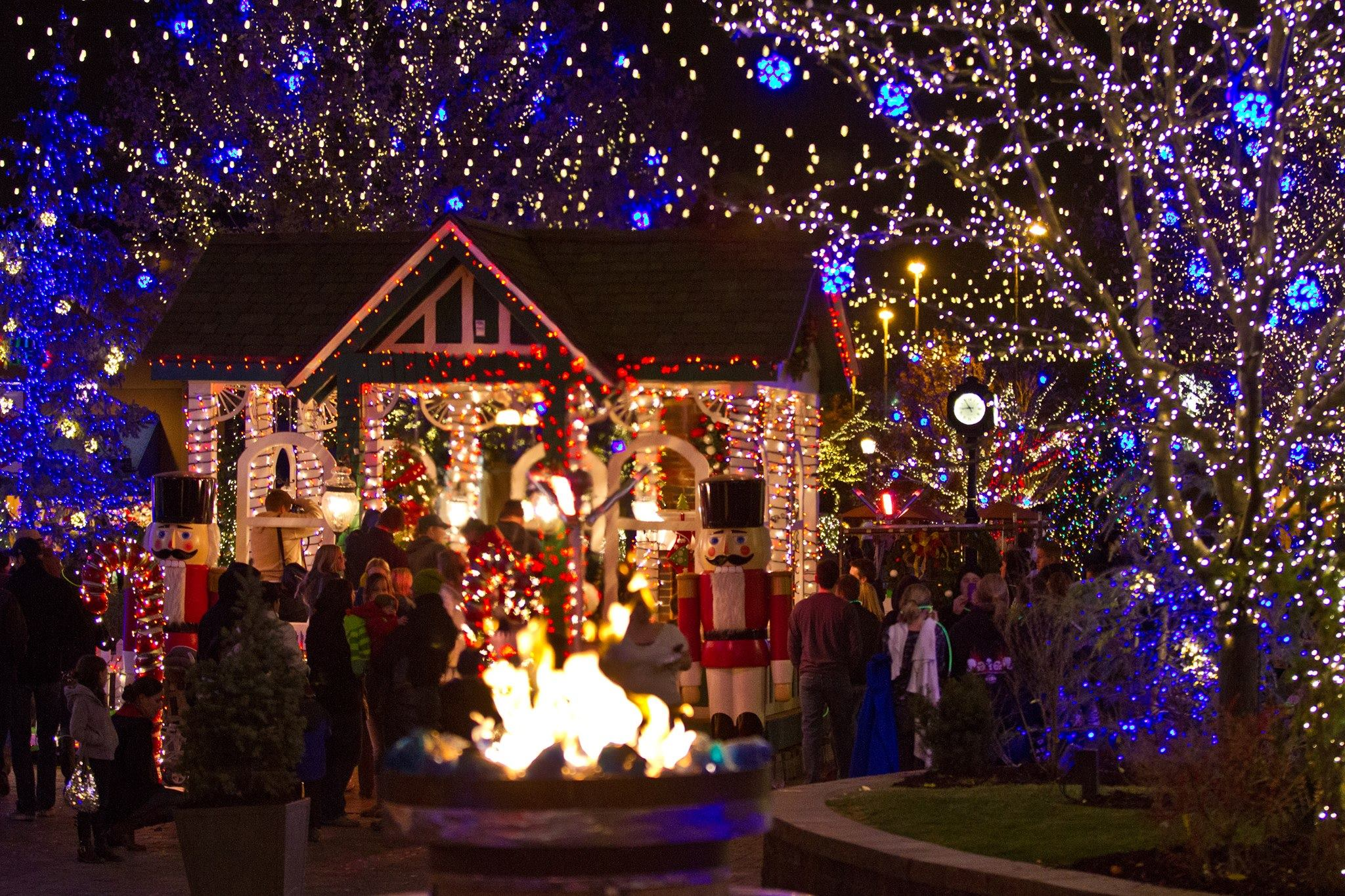 11 Enchanting, Magical Christmas Towns In Utah