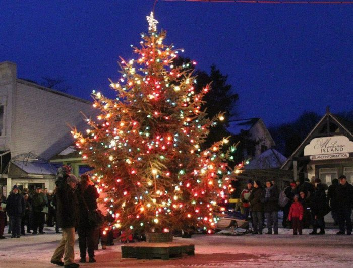 here are the 10 most enchanting magical christmas towns in michigan