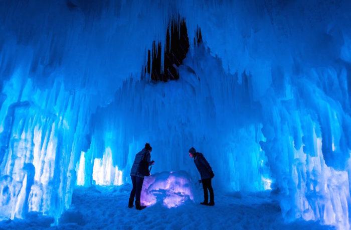 Stillwater Minnesota Turns Into A Winter Wonderland Every